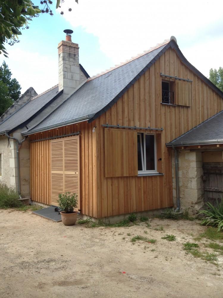 Bardage industriel bois et composite charpente for Extension maison 37